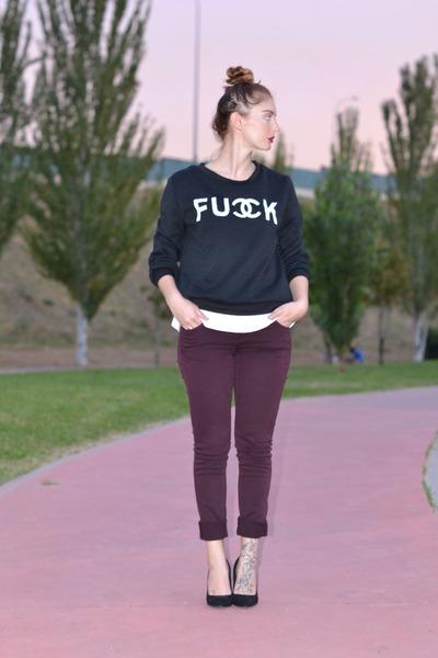 black Bershka shoes - crimson H&M jeans - black Ebay sweatshirt