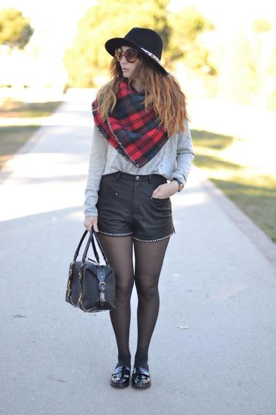 black Zara hat - red Zara scarf - black Zara shorts