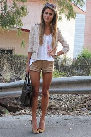 kahki shorts - white top