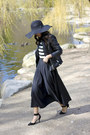 Black-wide-brim-h-m-hat-black-faux-leather-zara-jacket