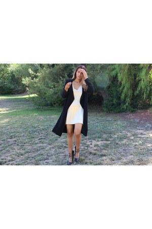 gold satin Gearbest dress - black Forever 21 coat