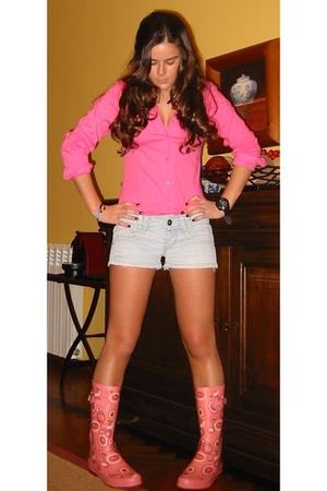 pull&bear shirt - Bershka shorts - boots