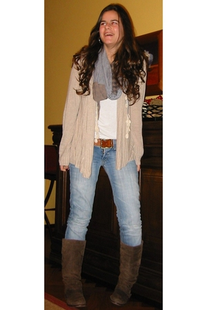 H&M cardigan - random top - Bershka belt - pull&bear scarf - Stradivarius boots
