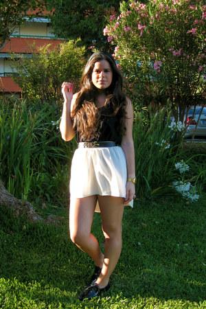 Bershka skirt - SoYouShoes shoes - Urban Outfitters belt