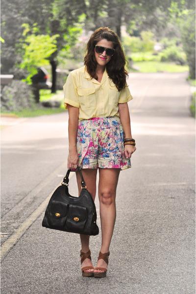pink turquoise Sugarlips shorts - cream banana republic blazer