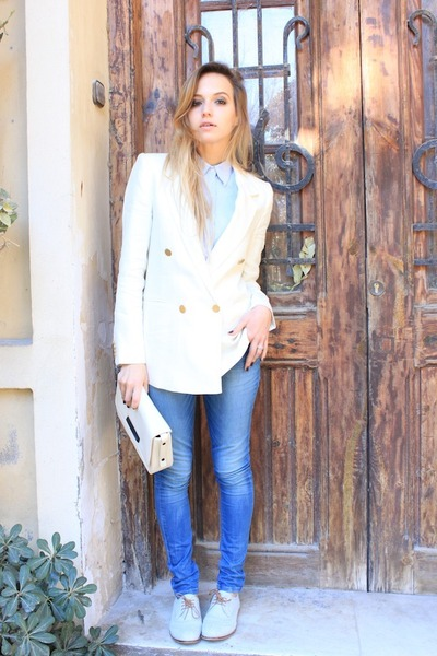sky blue Zara jeans - light blue French Connection shoes - off white Zara bag