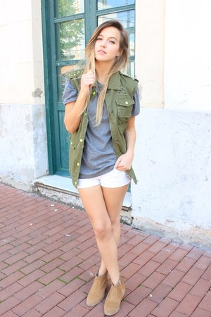 camel Betty London shoes - white Bershka shorts - olive green OASAP vest