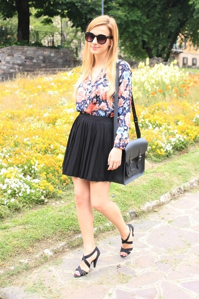 black Cambridge Satchel Company bag - black asos sunglasses - blue Zara blouse