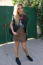 black Zara bag - black H&M vest - camel Zara skirt - gray Primark t-shirt