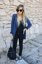 black Zara jeans - black Zara bag - black Converse sneakers