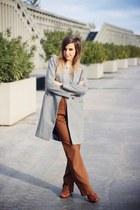 brown Hispanitas boots - heather gray OASAP coat