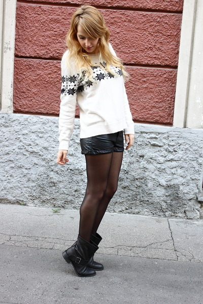 off white H&M jumper - black Zara boots - black H&M shorts