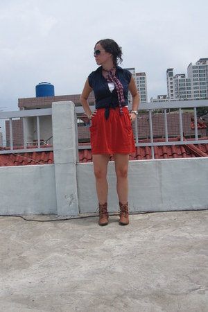 burnt orange American Apparel skirt - brown lace up boots modcloth boots