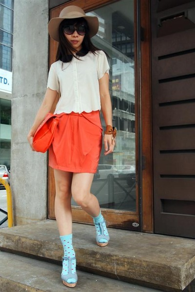 eggshell Topshop blouse - beige Monki hat - carrot orange H&M bag