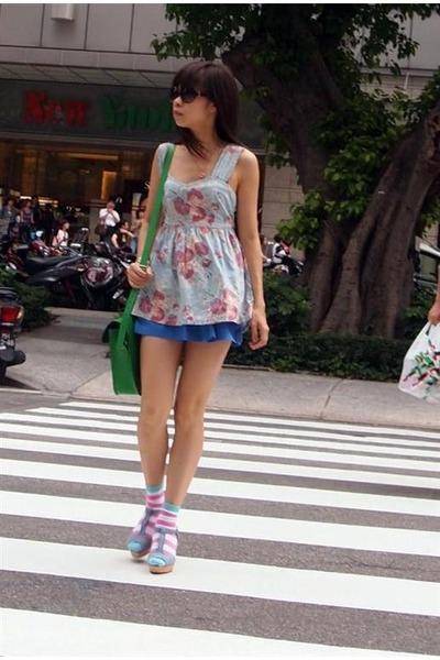 cambridge satchel bag - H&M shorts - H&M socks - H&M sandals - Topshop vest