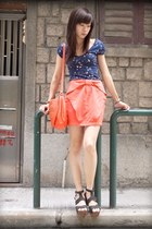 carrot orange H&M bag - carrot orange H&M skirt - navy Zara t-shirt - black Tops