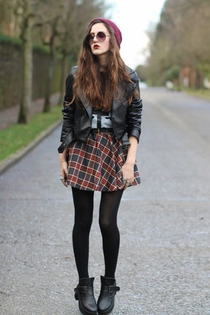 plaid Choies skirt - GiGi Vintage t-shirt