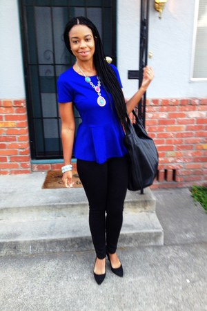 peplum f21 blouse - f21 leggings - suede Guess heels