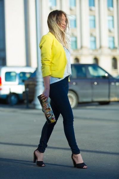 cc2b600735 Stradivarius jeans - yellow H M jacket - random brand bag - white Zara t- shirt
