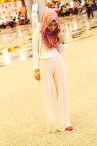 light pink scarf - neutral top - peach pants - hot pink flats