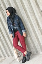 navy jacket - black shoes - maroon pants