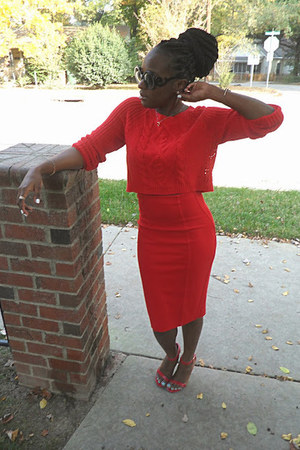 red cropped sweater Express sweater - red Express skirt - red lulus heels