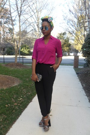 magenta Express blouse - black Express pants