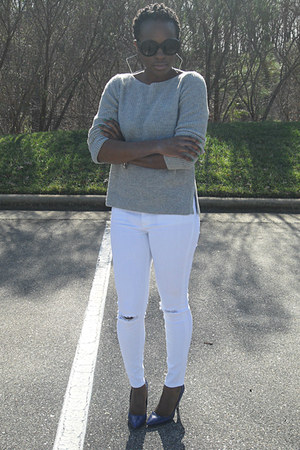 heather gray Gap sweater - white jean jeggings Express jeans