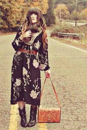 black vintage boots - black vintage dress - silver Forever 21 scarf