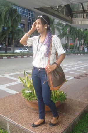 navy Kamiseta jeans - brown Celine bag - black cotton on flats