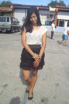 white Kamiseta top - black custom made skirt - black diva ring