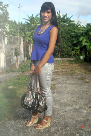 blue Redhead top - heather gray Cosmopolitan bag - silver Michael Kors wedges