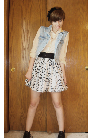 Vintage Ralph Lauren vest - thrifted blouse - H&M skirt - forever 21 accessories