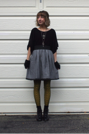 black H&M top - gray self-made skirt - yellow Target tights - silver Forever 21