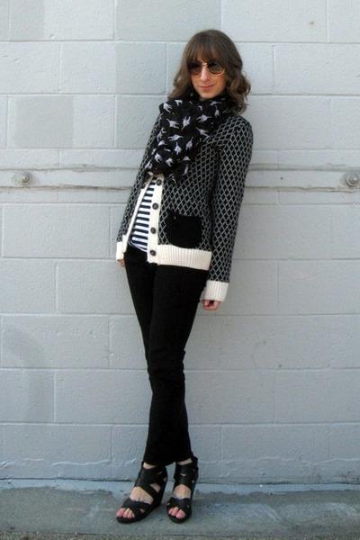 black Wet Seal jeans - navy Target shirt - black Spotted Moth scarf - black Targ
