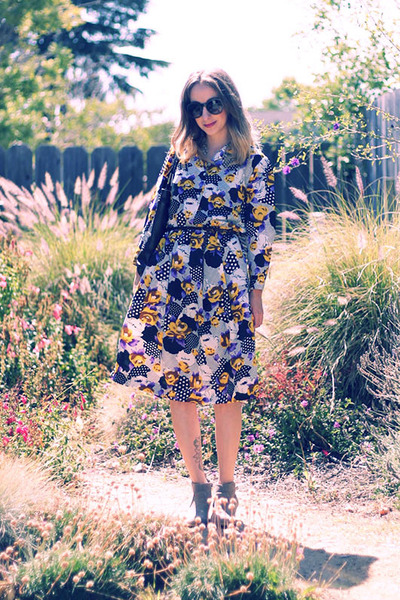 purple vintage dress - heather gray Mossimo boots - dark brown second hand bag