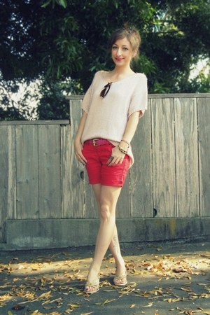 red DIY shorts - bubble gum thrifted vintage belt - light pink H&M top