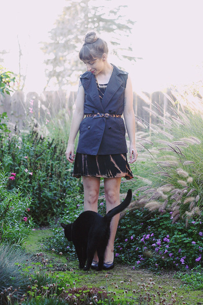 black second hand dress - black DIY trench vest - black Payless pumps