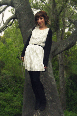 black tresics cardigan - white thrifted from Crossroads dress - black Steve Madd