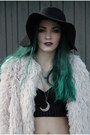 Black-floppy-hat-h-m-hat-ivory-shaggy-coat-h-m-jacket-black-h-m-top