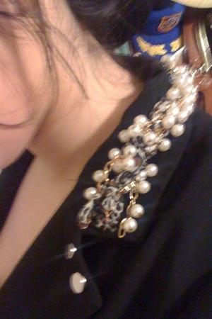 black iheartronson blazer