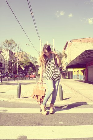nude boots - camel coat - navy jeans - tawny bag - white blouse