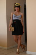 black Forever 21 dress - gold Bella Vita shoes - gold vintage purse