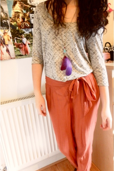 coral new look pants - snake print next top - feather Primark necklace