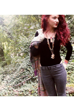 velvet vintage bodysuit - grey denim H&M leggings - vintage scarf