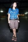 Blue-thrifted-blouse-brown-weekender-shorts-black-random-brand-belt-brown-