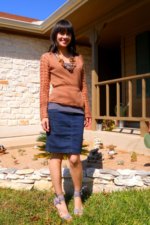 bronze Katherine H cardigan - charcoal gray SoLa top - navy Level 99 skirt - per