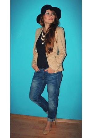 beige reserved shoes - blue Gap jeans - black Stradivarius hat