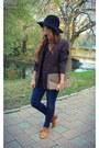 Blue-massimo-dutti-jeans-black-stradivarius-hat
