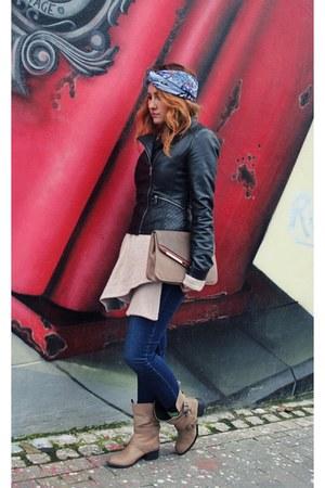 blue Massimo Dutti jeans - black Stradivarius jacket